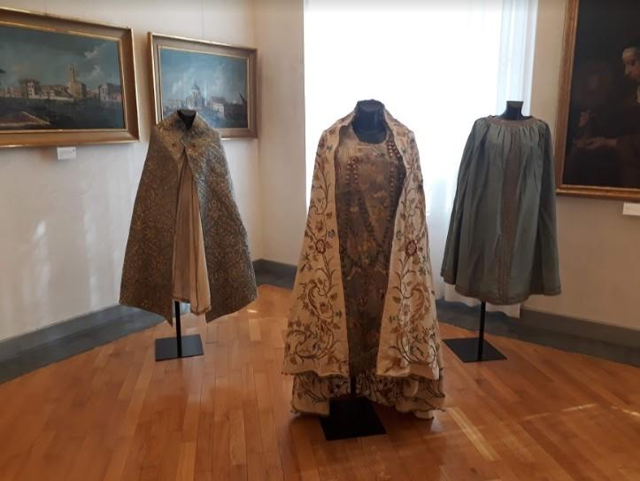 Vestire la Madonna: arte e devozione a Santa Maria del Monte
