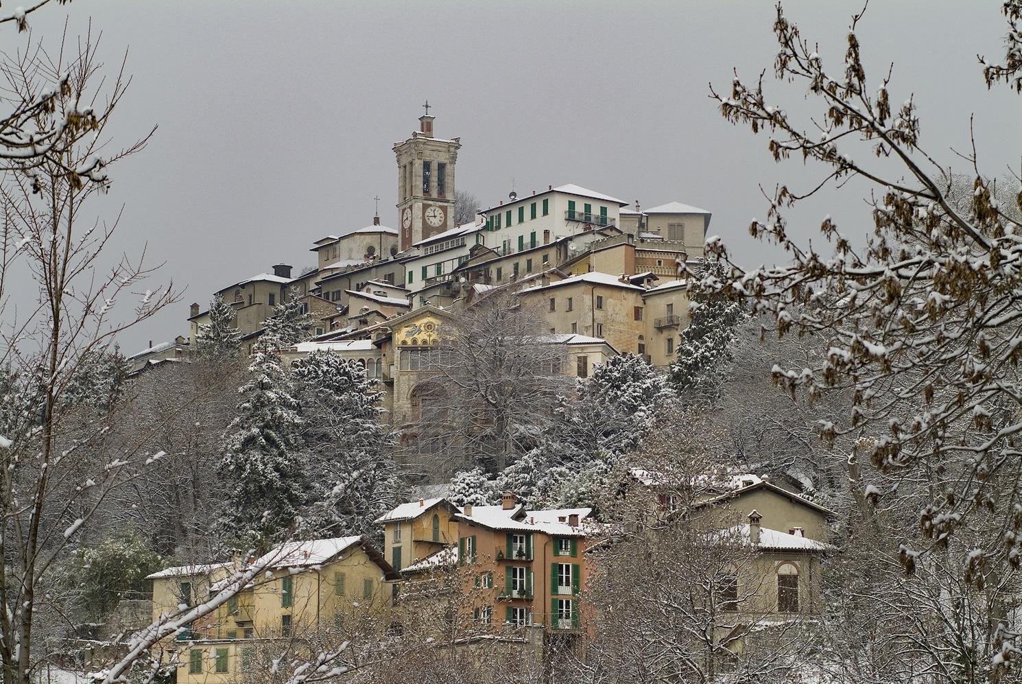 Un Borgo d'Inverno
